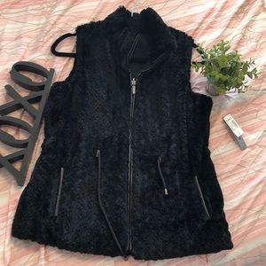 Faux Fur Zipper Vest